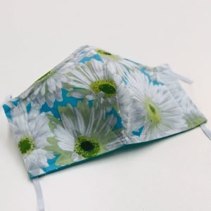 Face mask white daisies